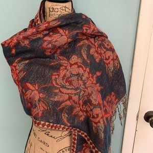 Accessories - Women's wrap/scarf beautifully detailed